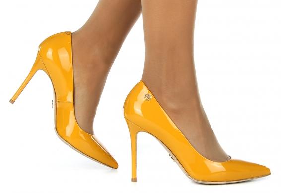 Стриптиз туфли на шпильках