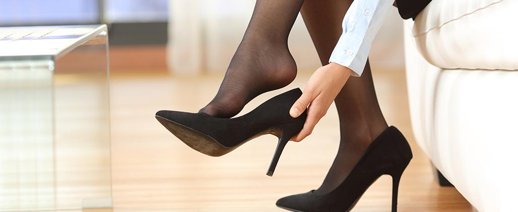 Как смягчить пятки на обуви