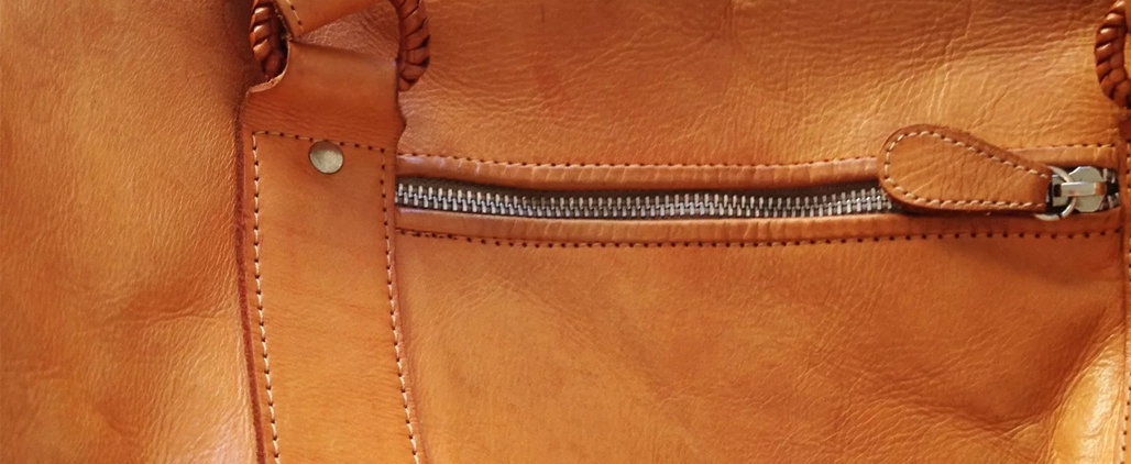 Как выпрямить мятую сумку из кожзама?