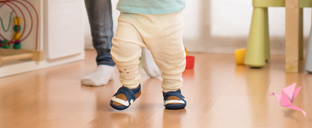 Как выбрать первую обувь для малыша до года